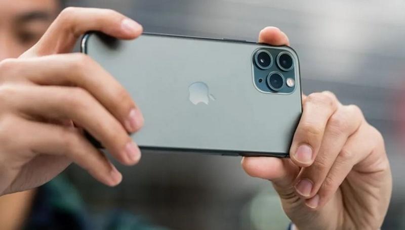 iphone 11 pro sacando foto